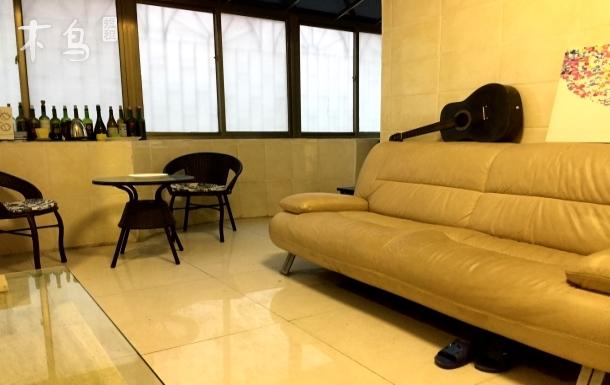 地铁附近整套独享大床房广州塔长隆白云机场