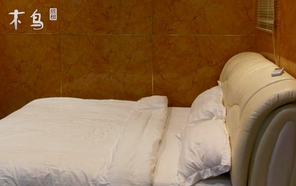成都双流机场北京华联大床房