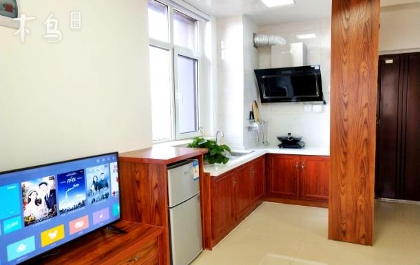『拾光宿』万平口海景八角窗公寓 距离海边800米