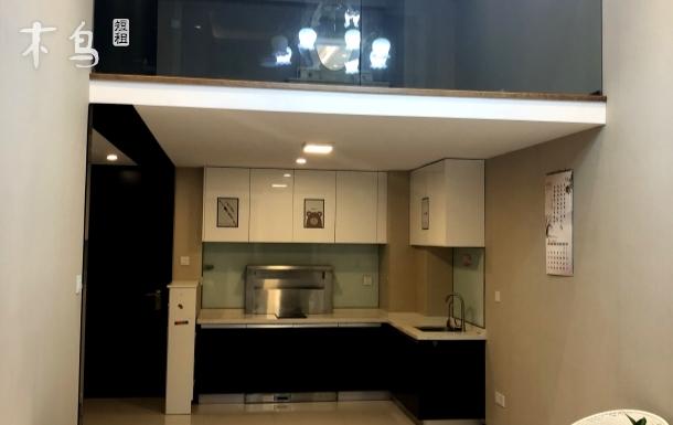 三洋之家复式Loft邻杭州奥体博览城海威钱塘之星
