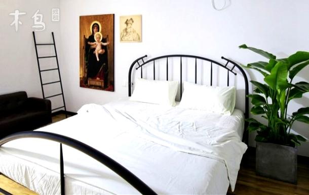 荣院路YOUSU设计师公寓中古时代一居