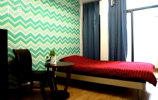 西丽大学城DREAMERINN舒适空间