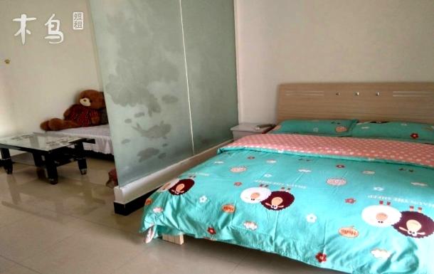 升龙国际中心 时尚大床房