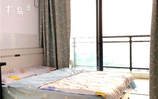 南山科技园 中山公园旁 海景大床房带独立阳台