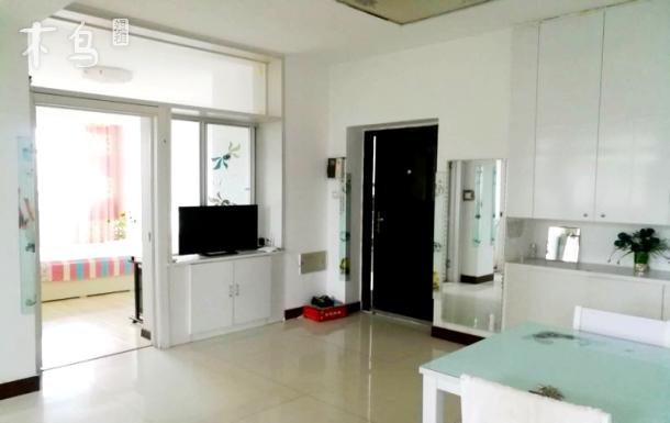 观音殿和海水浴场3室一厅带空调能做饭