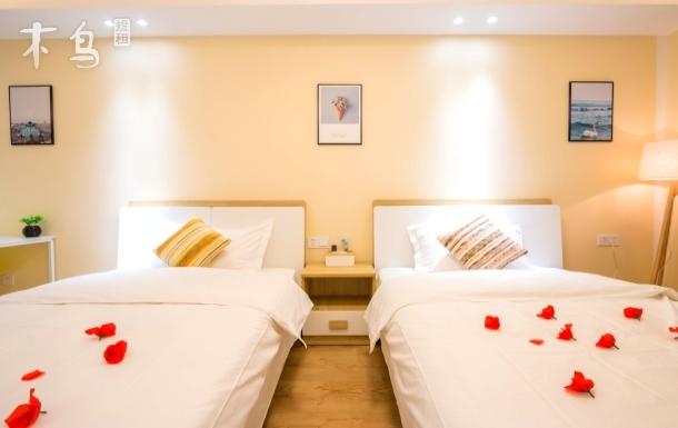 商务旅游出差标准双床酒店式公寓