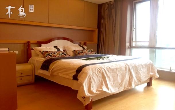 三里屯永利国际温馨浪漫大床房