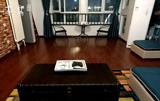 天津之眼意式风情街三室两厅巨幕家庭影院