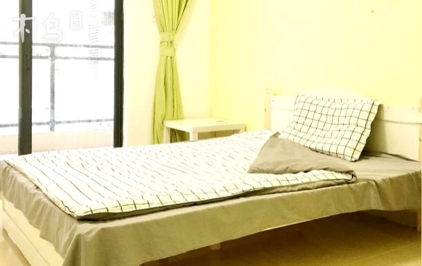 南山科技园 中山公园旁 温馨大床房独立大阳台