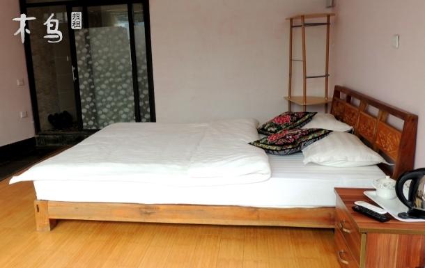 双廊银竹家园-花好月圆205温馨大床房