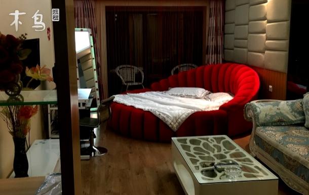 中街天润浪漫园床房
