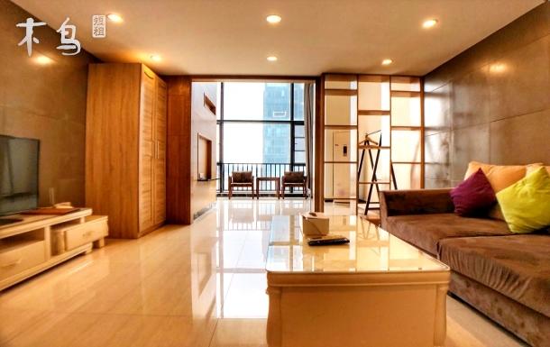 【广州南站长隆精品公寓】甄选观景复式豪华双床房