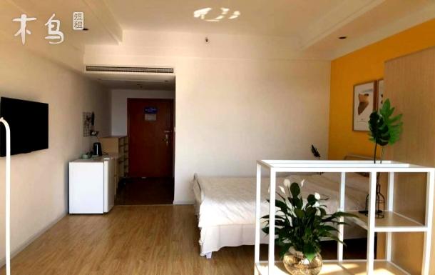 好寓国际青年社区北欧阳光大床房 近犀浦地铁站