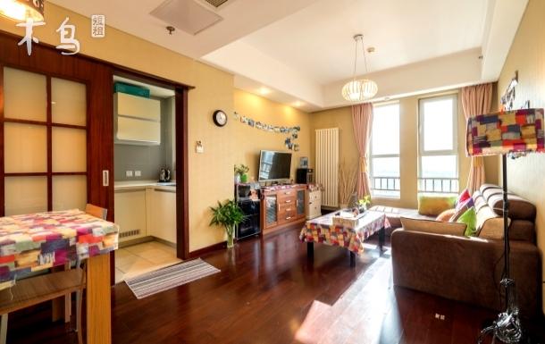 传媒大学地铁旁精装中式大一居室公寓