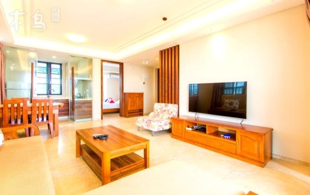 三亚湾美丽五区海景两室一厅套房