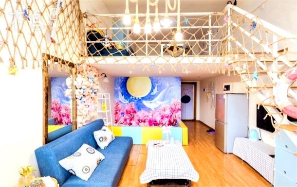 【花海飞鲸】跃层大床房/宽窄巷子/一居