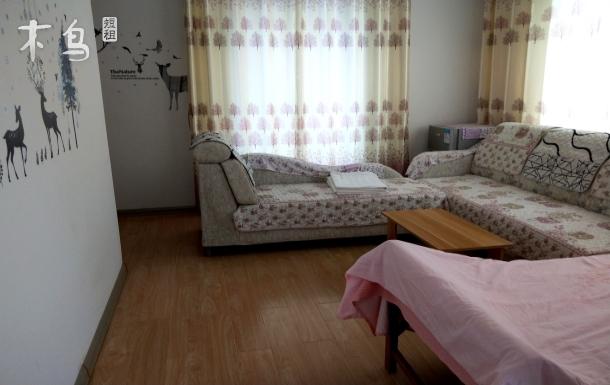 碧海桃园经济实用家庭一居室