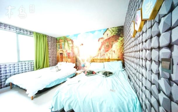 30号房★百寸巨幕投影房近地铁外滩口豫园3床