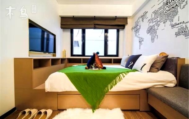 温馨一居室舒适外景大床房紧邻西单金融街