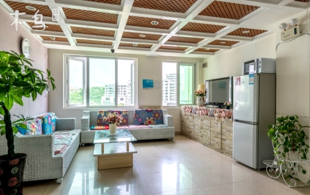 银泰毗邻 超豪华海景4房2厅