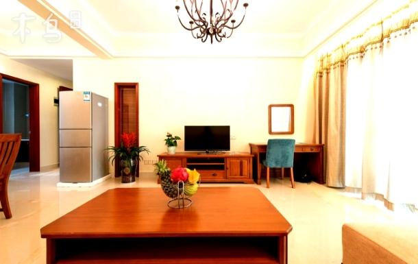 蓝海温泉海景度假公寓 住满三天免费接机