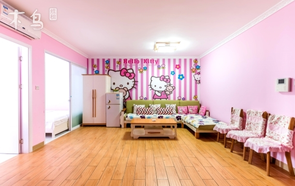 三亚麻雀小住海边温馨多床两室一厅