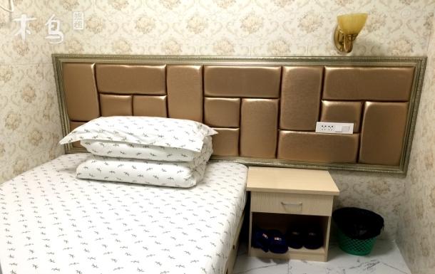金家墩长途汽车站旁 舒适小床房
