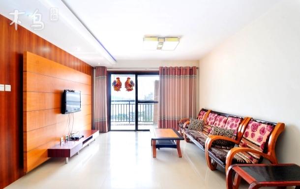 大东海海景140平米温馨电梯公寓 可接机 四居室