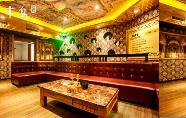 西安灞桥区适合班级聚会聚餐公司部门聚会朋友聚会别墅