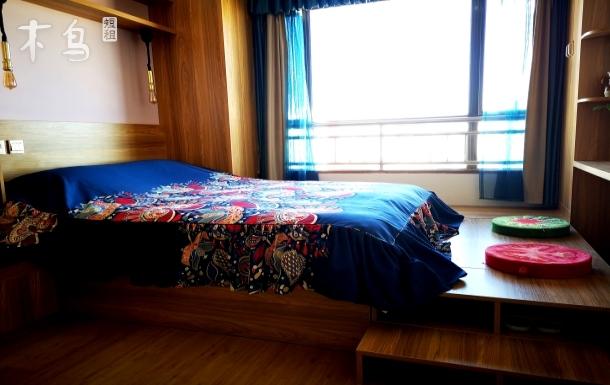 市中心精装修大床房
