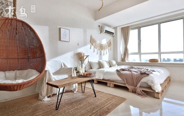 秋千摇椅 俯瞰青岛市全景 影棚 浪漫体验青岛的慢生活一居