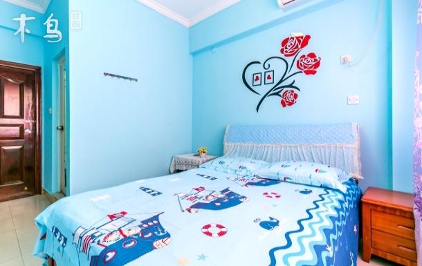 三亚湾海景蓝色浪漫大床房