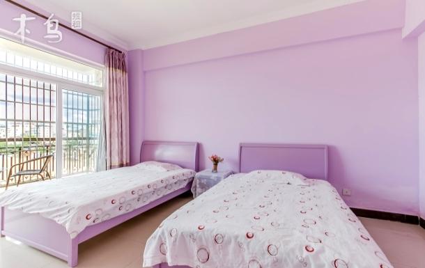 三亚湾日吉90度海景阳台双床房