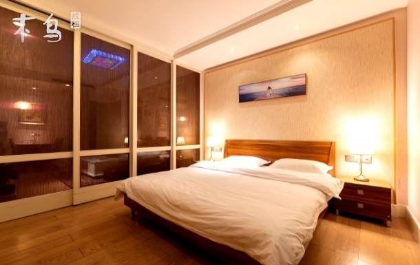 滨海新区中央商务区商务休闲舒适大床房