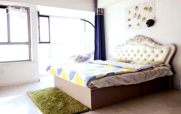 万达商场 家乐福 优质大床房