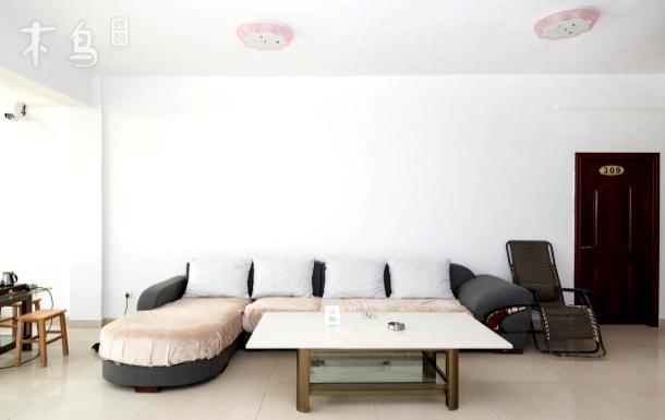 南珠大道 北海温馨、舒适的短租房 两居室