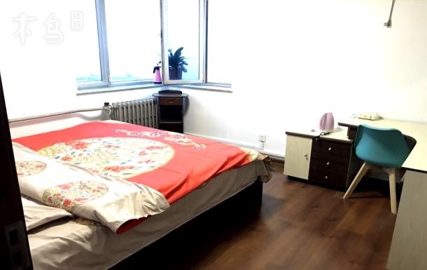 五四广场奥帆中心 海景中式大床房 合租