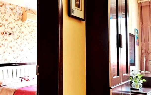 宽窄巷子文殊院.老城墙边府河旁舒适宜居双人床套间卧室客厅饭厅+独立卫生间