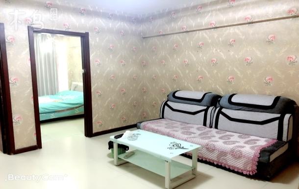 近地铁1号线 双室大床房