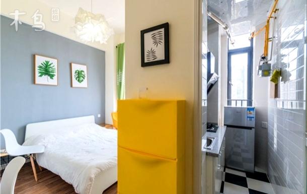 高新核心居住区北欧高层一居公寓大床房软件园银泰城