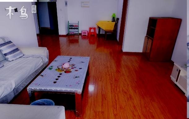 民宿在上锦南府华西医院对面小区 两居室
