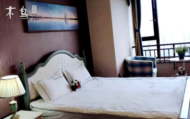 红星桥地铁站旁 近太古里一室夜景大床房 可加行军床