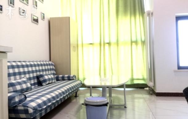 北理工大学地铁口附近 干净整洁情侣房一居室