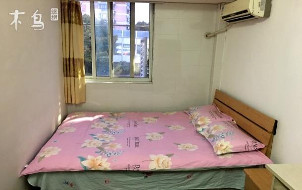 博兴路地铁口 1房1厨1卫 有厨房 舒适安全 住着放心