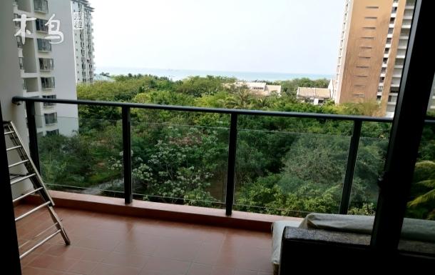 蓝色海岸小区 6楼海景三居室套房