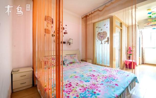德化购物街 温馨大床房