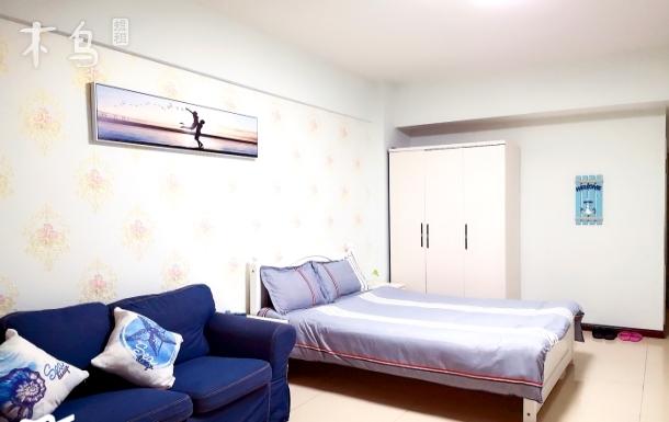 杜甫草堂精装地中海风格双床房