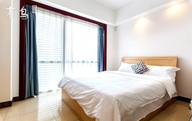珠江新城礼顿公寓高层景观动物园浪漫一居室