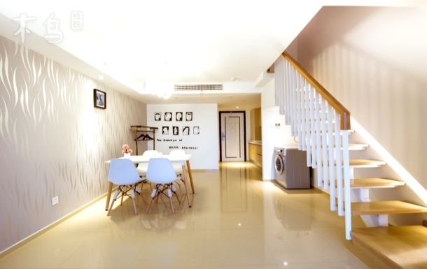 忆家公寓【西溪湿地店】地铁口LOFT两居室