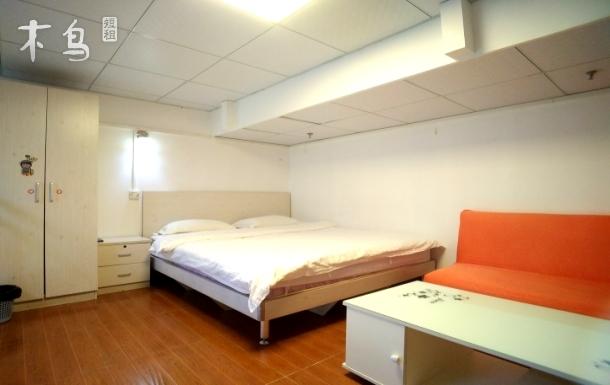 园岭站复式双床房